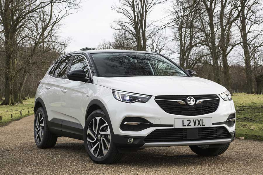 DELIVERING BRILLIANCE VAUXHALL CORSAVAN RETAINS TITLE AT BUSINESS VAN OF THE YEAR AWARDS