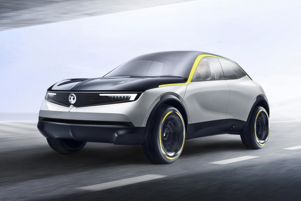 VAUXHALL INSIGNIA IS AUTO EXPRESS FAMILY CAR OF THE YEAR 2018